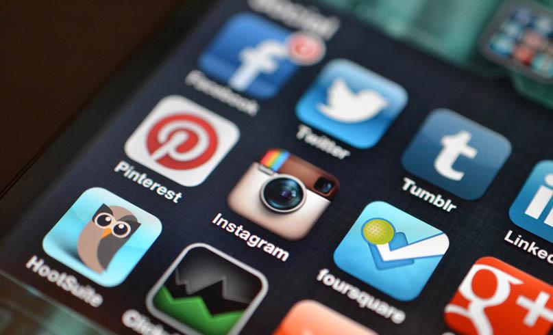 redes-sociais-dispositivos-moveis